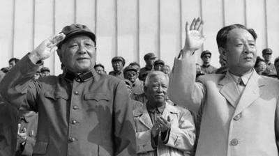 邓小平为何强迫胡耀邦下台?(图片来源:AFP/Getty Images)