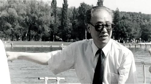 赵紫阳认为,邓小平是现实主义者,又是当前中共利益的坚定的维护者。(网络图片)