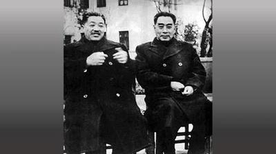 周恩来(右)引荐贺龙(左)入党,贺龙一生追随中共,助纣为虐,最终惨死在文革的内讧之中。(网络图片)